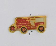 1 Pin's Sapeurs Pompiers De SCHMITTVILLER (MOSELLE-57) - Pompiers