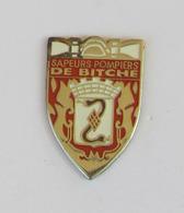 1 Pin's Sapeurs Pompiers De BITCHE (MOSELLE-57) - Pompiers