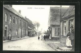 CPA Eecke, Route De Caestre, Vue De La Rue - Frankrijk