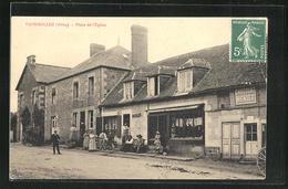 CPA Faverolles, Place De L`Église, Cafe Am Kirchplatz - Non Classés