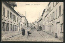 CPA Louvres, La Gendarmerie, Vue De La Rue An Der Polizeiwache - Louvres