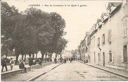 VANNES  *** Rue Du Commerce Et Les Quais à Gauche  *** Belle Cpa Très Rare - Vannes