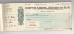 WW2  Comptoir National D'escompte De Paris 1945, Reste 12 Chéques Dans Ce Carnet. - Chèques & Chèques De Voyage