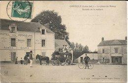 ORVAULT  *** La Place Du Commerce - Arrivée De La Voiture   *** Belle Cpa Peu Courante - Orvault