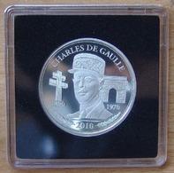 Médaille Argent 2010 Commémoration Charles De Gaulle 1890/1970 - Professionnels / De Société