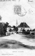CPA De SOUVANS (Jura) - Route De Dole. Edition Perron. Circulée En 1904. Bon état. - Autres Communes