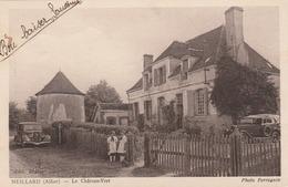 REF.HN . CPA . 03 . MEILLARD . LE CHATEAU VERT . ENFANTS .VIEILLES VOITURES - France