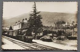 5. Gex - La Gare SNCF Et Train à L'avant-plan- 1950 - Gex