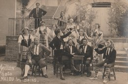CARTE-PHOTO 34 LAMALOU LES BAINS GROUPE FOLKLORIQUE  OU DE THEATRE PHOTO MAILLON - Lamalou Les Bains