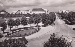 56. LORIENT. COURS CHAZELLES. ANNEE 1958 + TEXTE - Lorient
