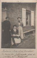 CARTE-PHOTO  19  BUGEAT Mme BESSE ET SES OUVRIERES  ETAT - France