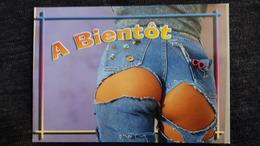CPM PIN UP JEUNE FEMME JEAN DECHIRE FESSES A MOITIE NUES PHOTO NIKOLSON A BIENTOT ED AS - Pin-Ups