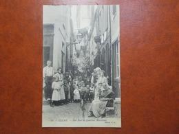 Carte Postale  - CALAIS (62) - Une Rue Du Quartier Maritime (3493) - Calais