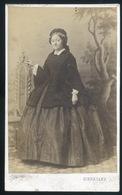 PEST 1860-65. Schrecker J. : Ismeretlen Hölgy, Ritka Visit Fotó  /  J. Schrecker: Unknown Lady Rare Visit Photo - Photographs