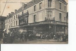 CHATELLERAULT   Place Louis XvIII - Chatellerault