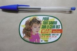 """Autocollant Club Patillos De PANZANI """"KAREN CHERYL"""" Chanteuse Comédienne Animatrice De Radio Et Télévision - Autocollants"""