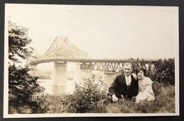 Montreal Tourist Avec Pont Jacques-Cartier - Montreal