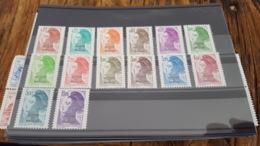 LOT 469347 TIMBRE DE COLONIE ST PIERRE ET MIQUELON NEUF** LUXE - Colecciones & Series