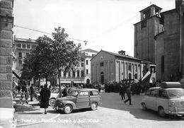 """09511 """"TREVISO - PIAZZA DUOMO E BATTISTERO""""  ANIMATA, FIAT TOPOLINO GIARDINIERA. VERA FOTO.  CART  SPED 1962 - Treviso"""