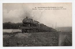 - CPA TRAINS - Les Chemins De Fer Français - Machine Pacifique Avec Train De Marchandises N° 231-025 - Editions Fleury - - Trains