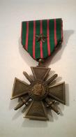 Médaille Croix De Guerre 14-18 Une étoile Avec Broche - France