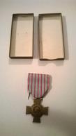 Médaille Militaire Croix Du Combattant 1914 1918 Avec Boite Et Broche - France