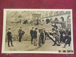 CPA - Paris - Barricade : Rue De La Paix (d'après Une Photographie De L'institut D'Histoire De La Ville De Paris) - Distretto: 02
