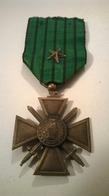 """Médaille Croix De Guerre 1939 - 1940 """"Vichy"""" Une étoile - France"""