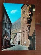 73 - Saint Jean De Maurienne - Sur La RN 6, Les Arcades Et La Tour Carrée - Saint Jean De Maurienne