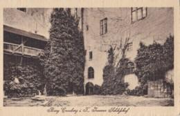 AM53 Burg Cronberg I. T. Innerer Schlosshof - Taunus