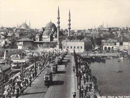 """CPSM  / PHOTO TURQUIE / ISTANBUL """"Port De Galata"""" - Turquie"""