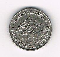 //  EQUATORIAL   AFRICAN  STATES 100 FRANCS  1967 - Centrafricaine (République)
