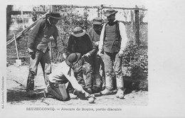 29 BEUZEC-CONCQ JOUEURS DE BOULES  PARTIE DISPUTEE RARE SUR DELCAMPE - Beuzec-Cap-Sizun