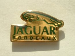 PIN'S JAGUAR BORDEAUX - Jaguar