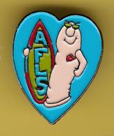 51842-Pin's. Surf.coeur.Agence Française De Lutte Contre Le Sida (AFLS). - Waterski