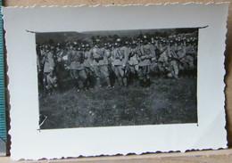 MONDOSORPRESA, ( FT11) FOTOGRAFIA  ANNO 1920/1930, SQUADRONE DI MILITARI - Guerra, Militari