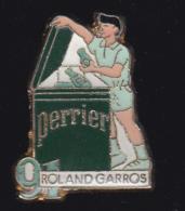 59674- Pin's.Tennis Roland Garros.Perrier.. - Tennis