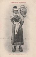 Carte Postale Ancienne De L'Ariège - Folklore - Les Pyrénées Ariègeoises - Jeune Femme De Bethmale - Andere Gemeenten