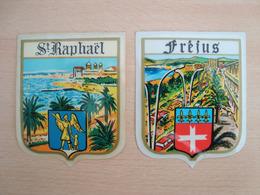 LOT DE 2 AUTOCOLLANTS FREJUS SAINT-RAPHAËL - Stickers