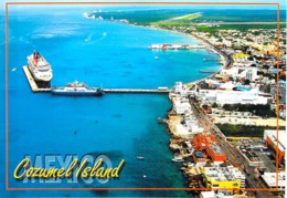 PAQUEBOT Liner Cruise - Paquebot ( Disney ? ) à Quai à COZUMEL Island ( Mexico Mexique ) CPM Grand Format - Steamers