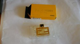 "Miniature De Parfum Fendi  "" Fan De Fendi  "" Eau De Parfum - Modern Miniatures (from 1961)"