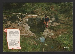 -PAIMPONT ,ille Et Vilaine, Fontaine De Barenton ( Enfant Au Bord De La Fontaine ) Cim 35.211 - Paimpont