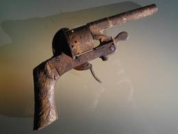 Pistolet Revolver Colt à Barillet Identifier COLLECTION - Armes Neutralisées