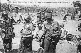 3703 Cpa Kenya - Petit Marché De Village - Pays Des Massaï - Kenya
