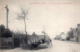 S2671 Cpa 50 Donville Les Bains - Le Calvaire Et La Route De Coutances - France