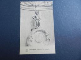 19976) BRUXELLES MANNENKEN PIS NON VIAGGIATA 1933 CIRCA - Monumenti, Edifici