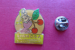 Pin's,Asterix&Obelix,SINGERGY,sucre De Raisin,cerises - BD