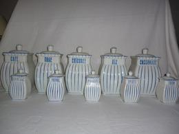 Série De 10 Pots à Couvercle - Céramiques