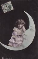ENFANT ET  CROISSANT DE LUNE - Fancy Cards