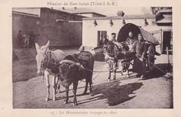 MISSION DE SIEN HSIEN.        LE MISSIONNAIRE VOYAGE EN CHAR .. ATTELAGE ANES + BOEUF - Chine